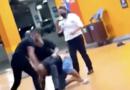 Na véspera do Dia da Consciência Negra, homem negro é espancado e morto em Carrefour