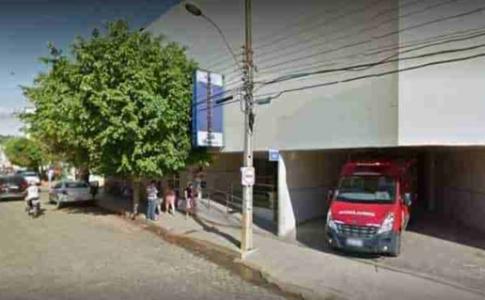 Homem é socorrido ao hospital após ser esfaqueado em Itaperuna