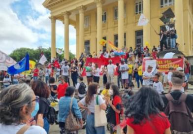 Campos e outras cidades brasileiras tem segundo  protesto contra Bolsonaro na pandemia